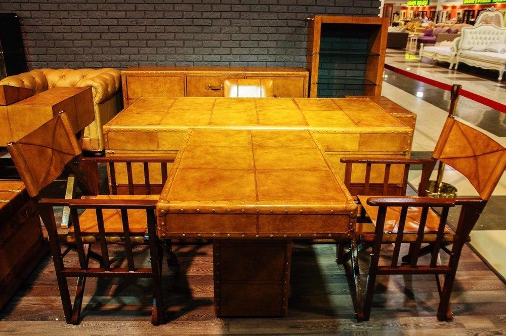 Приставной стол