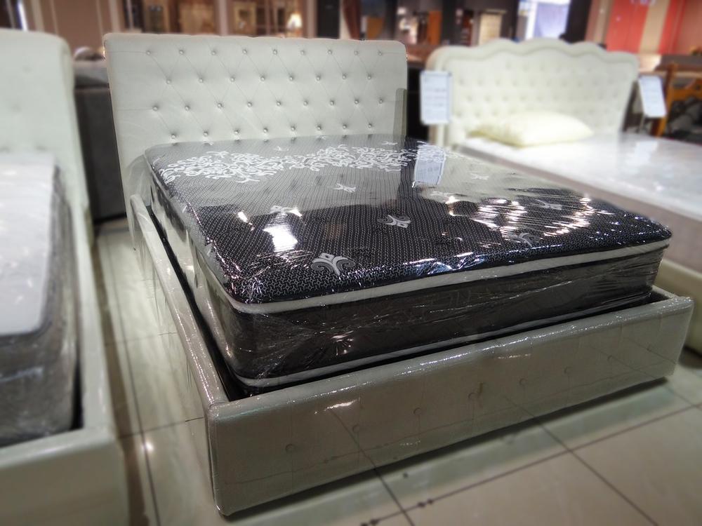 Кровать QB100