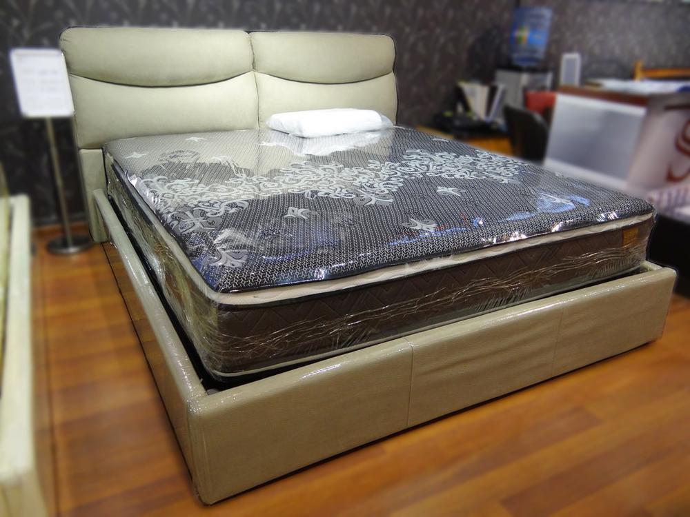 Кровать QB 700