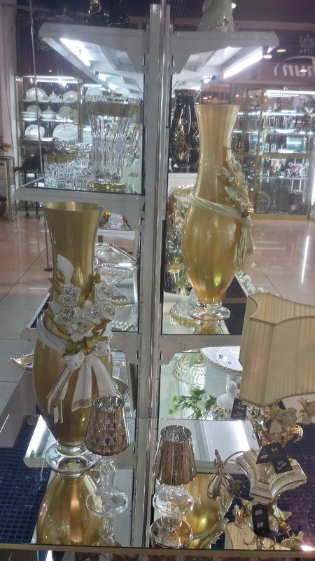 Подарки, сувениры, статуэтки, вазы