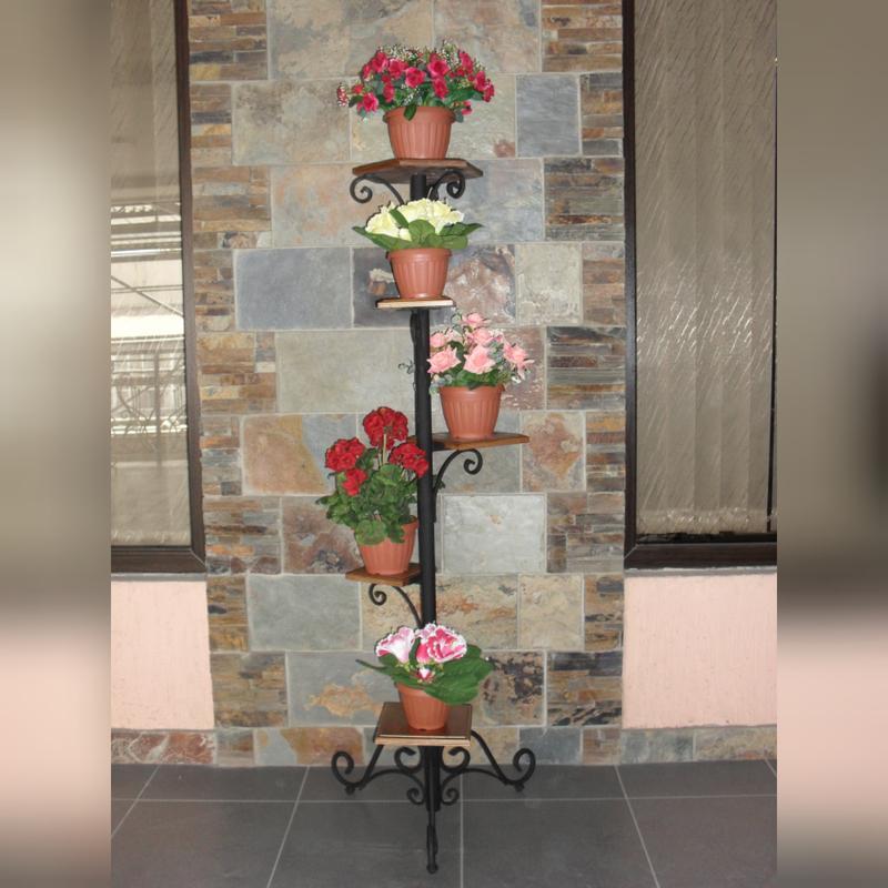 Столики, подставки, цветочницы