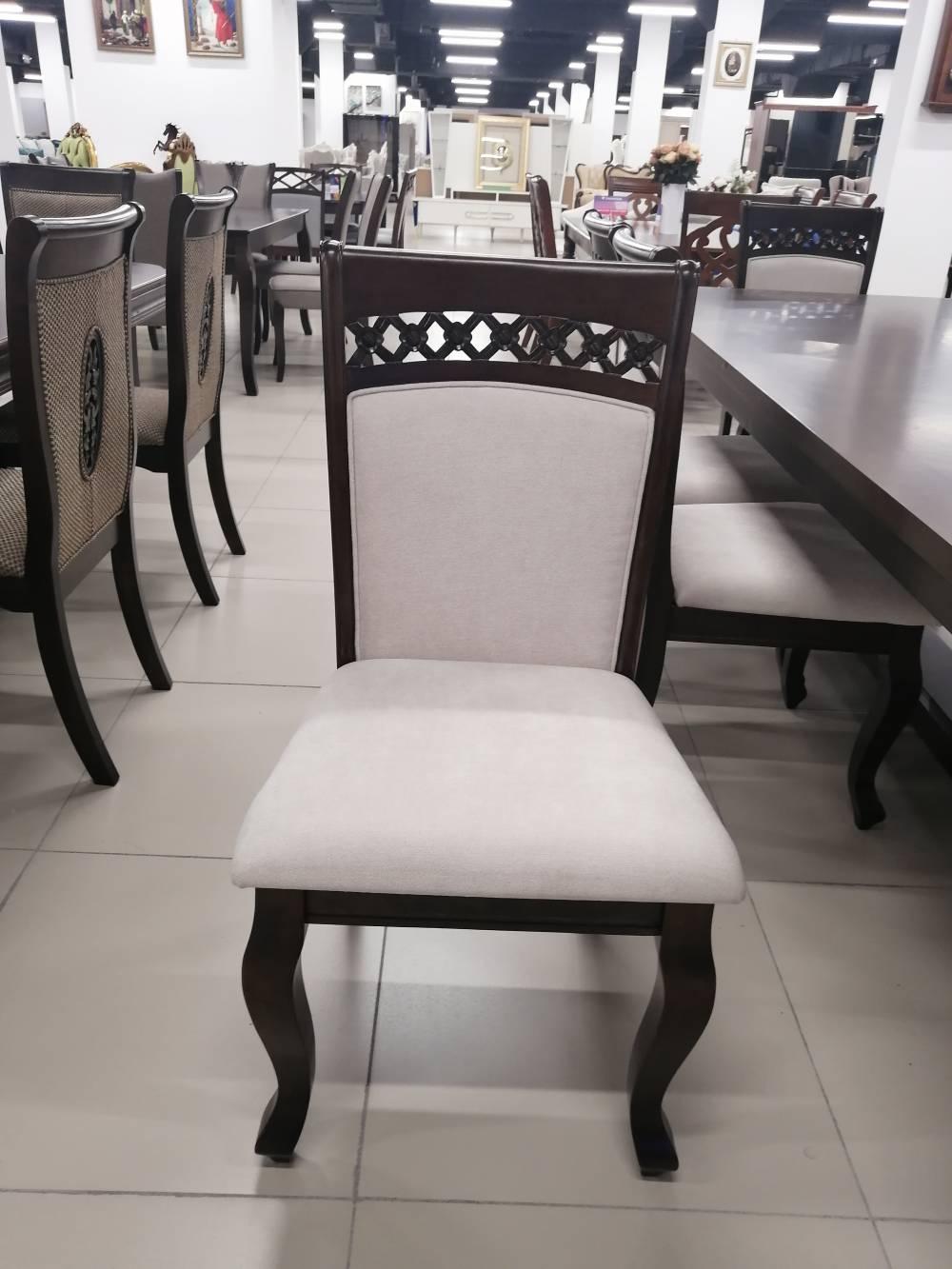 Стол и 12 стульев, дерево