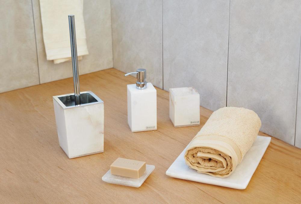 Аксессуары для ванной Blanca
