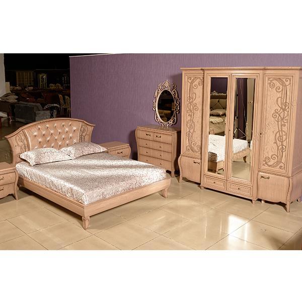 """Спальня """"Тэсоро"""", из массива дуба, с гнутыми фасадами и резьбой"""