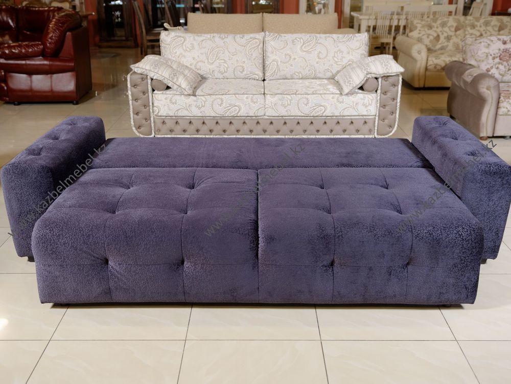Диван-кровать Кубус, трехместный, полностью обитый в каретной стяжке