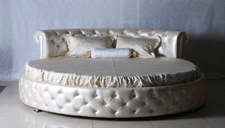 """Круглая кровать """"Честерфилд"""""""