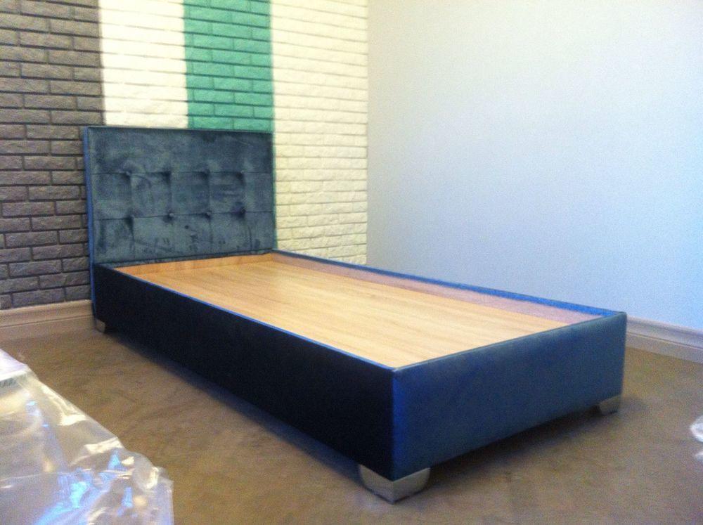 Кровать мягкая из ткани