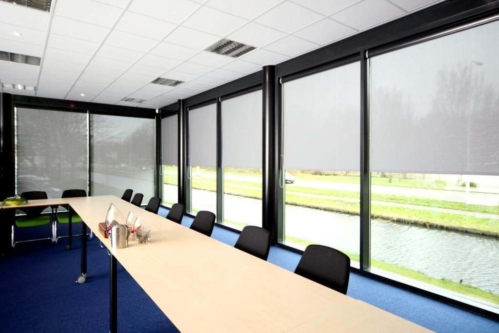 Рулонные шторы (ткань Helioscreen)