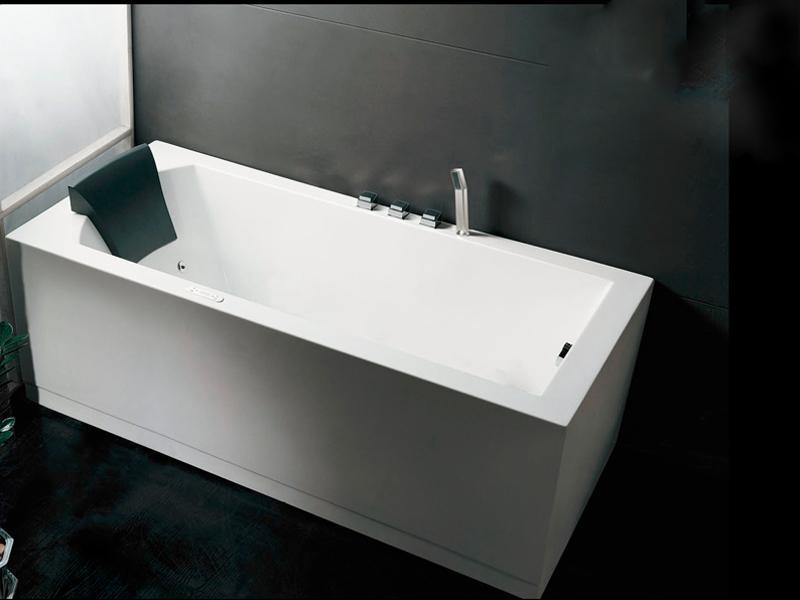 Ванна акриловая